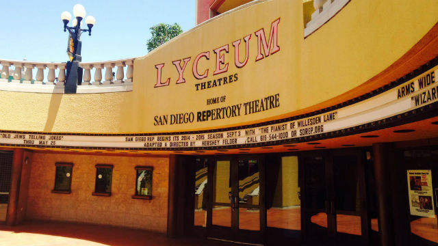 Entrance to Lyceum Theatres in Horton Plaza. Courtesy San Diego Rep