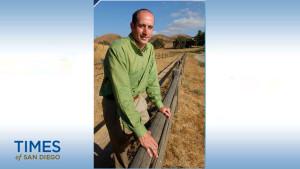 Howard Jacobs shown on his website. Photo via athleteslawyer.com