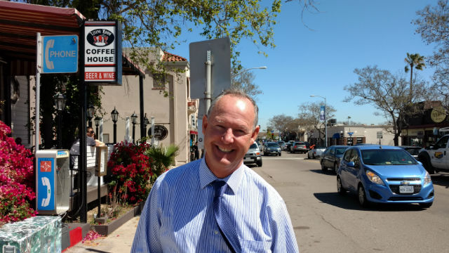 Mayoral Candidate Ed Harris on Rosecrans Street in Pt. Loma. Photo by Chris Jennewein