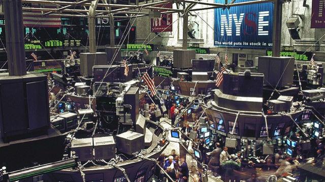 The New York Stock Exchange trading floor. Courtesy Pixabay