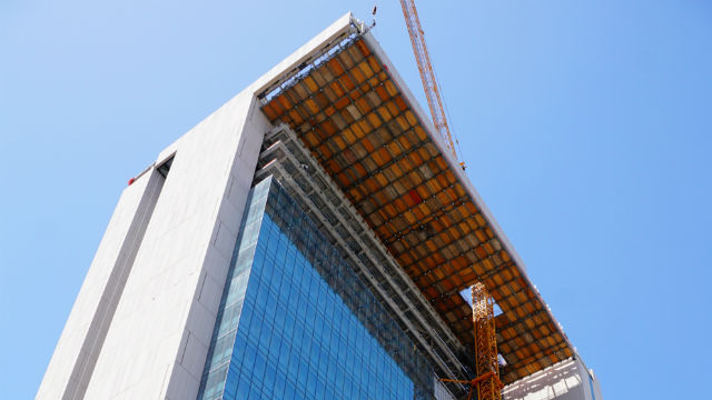 The new San Diego Central Courthouse under construction downtown. Courtesy Rudolph and Sletten