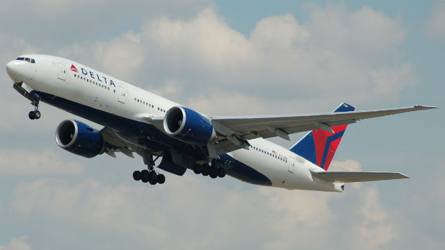 A Delta Airlines jetliner. Photo via Wikimedia Commons