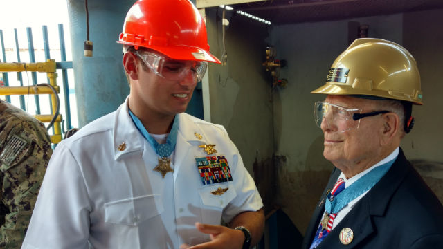 """Hershel """"Woody"""" Williams (right) with fellow Medal of Honor recipient Edward C. Byers Jr., an active-duty Navy SEAL. Photo by Chris Jennewein"""