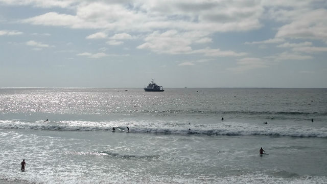 The R/V Sally Ride off La Jolla Shores Beach. Photo by Chris Jennewein