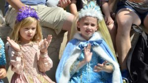 Arianna Ludlum, 9 (right), was among young opera-goers in costume. Photo by Chris Stone