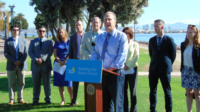 Mayor Kevin Faulconer releases the latest climate report at a press conference on Shelter Island. Photo by Chris Jennewein
