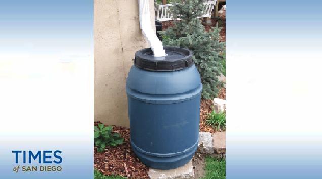 A properly placed rain barrel. Photo Courtesy SoCalSmartWater program.