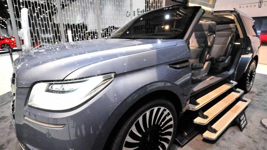 lincoln-navigator-concept-vehicle-5