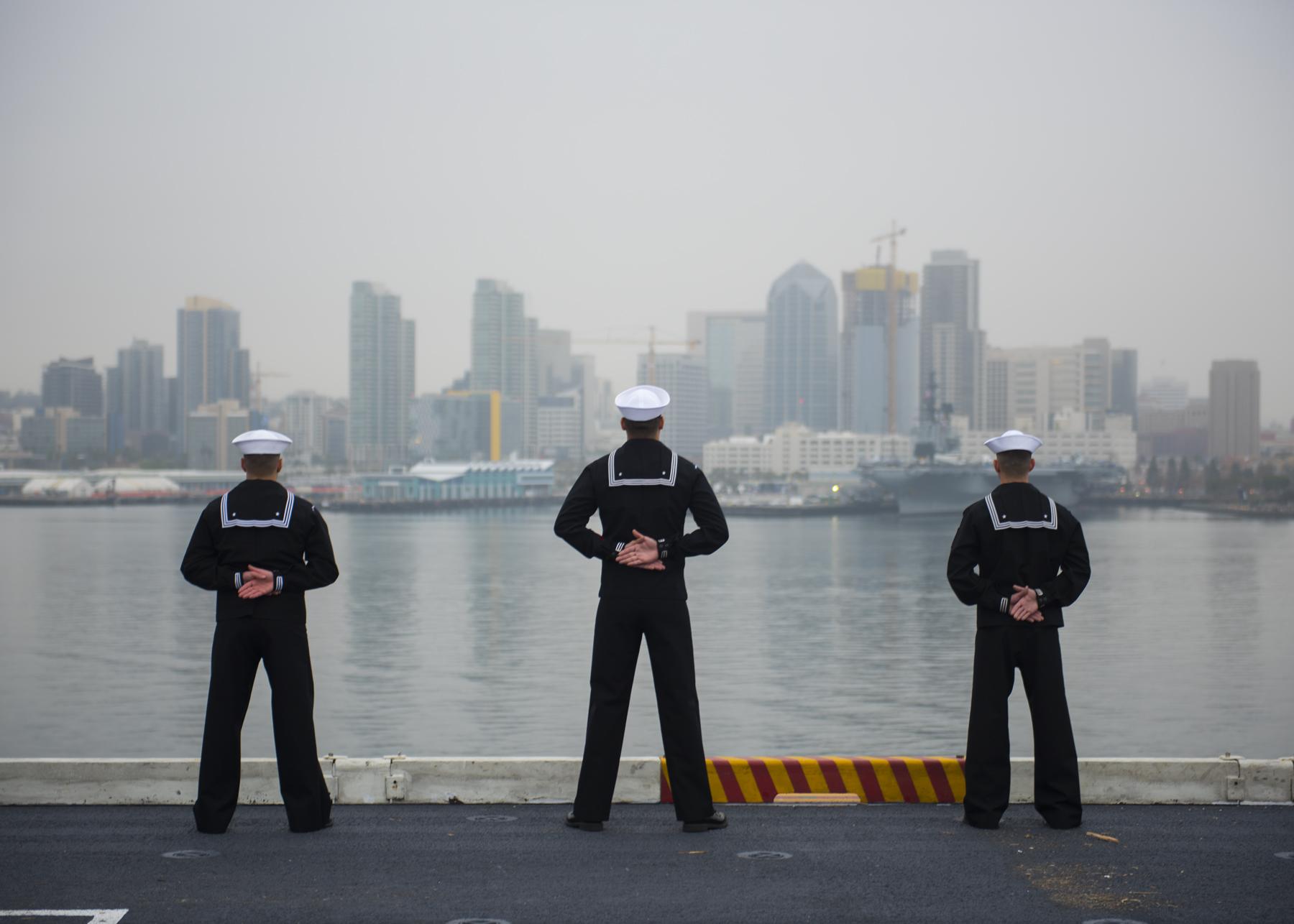 Singapore Stop of USS Carl Vinson Includes Soup Kitchen Help - Times ...