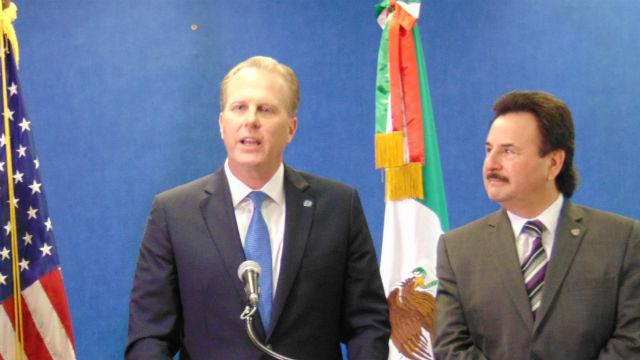 Mayor Kevin Faulconer (left) and Tijuana Mayor Juan Manuel Gastelum. Photo by Chris Jennewein