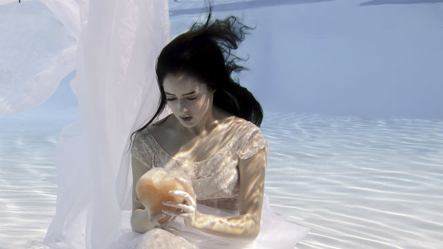 Morgan Taylor Altenhoff as Eurydice. Underwater Photo by Skye Walker