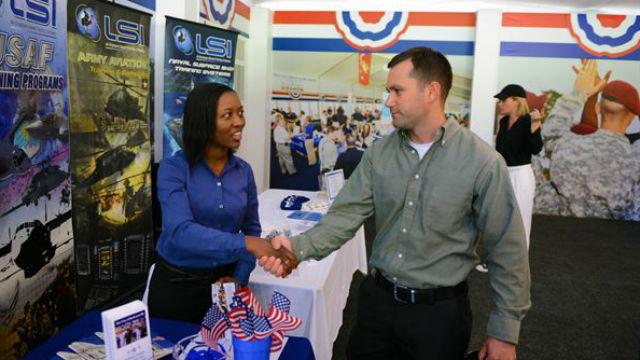 A job fair for veterans in 2015. Defense Department photo