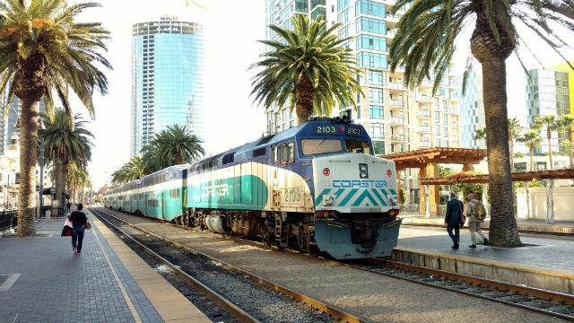 Το σαββατοκύριακο Σιδηροδρομική Υπηρεσία Θα Κλείσει την κυριακή για να Παρακολουθείτε και να Καροτσάκι Δουλειά