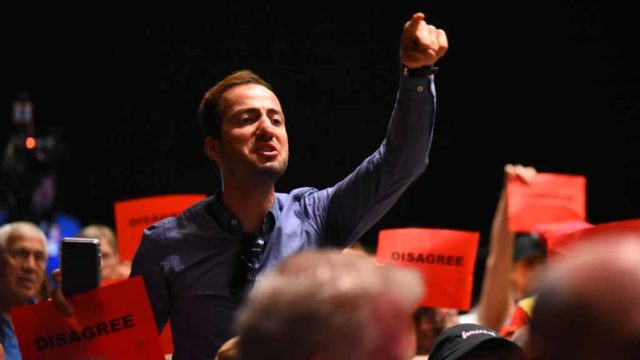Kilian Colin of El Cajon objects to Duncan Hunter's policy on immigration. Photo by Chris Stone