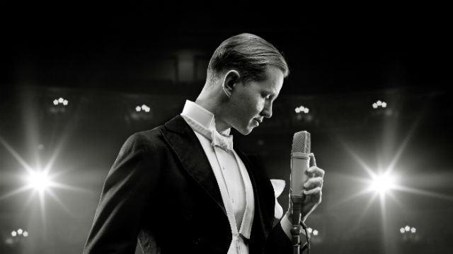 Max Raabe. Photo by Marcus Hoehn