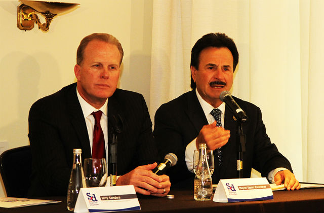San Diego Mayor Kevin Faulconer (left) and Tijuana Mayor Juan Manuel Gastélum at a press conference in Mexico City. Courtesy San Diego Chamber