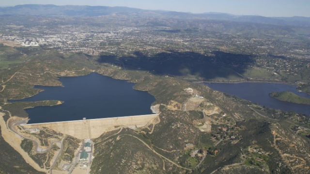 The Olivenhain Dram (left) and Lake Hodges in North San Diego County. Courtesy San Diego County Waster Authority