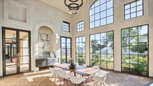 Spacious dining room at Matt Kemp home in Poway. Photo via Concierge Auctions