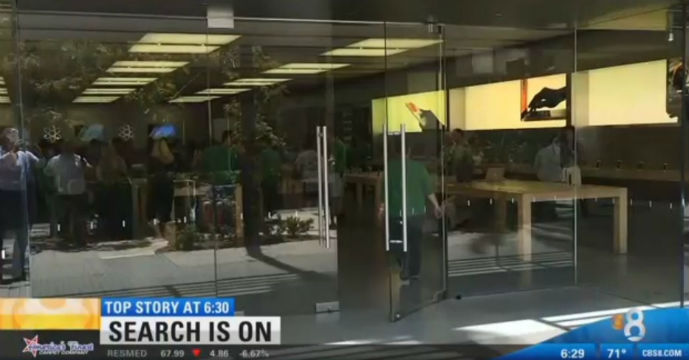 brazen thieves steal iphones computers from 2 apple stores times of san diego. Black Bedroom Furniture Sets. Home Design Ideas
