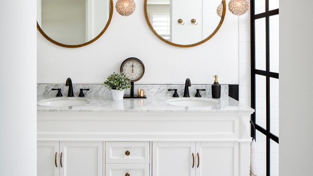 Weekend Design San Diego Bathroom Gets Gatsby Style Glitz Times Of San Diego