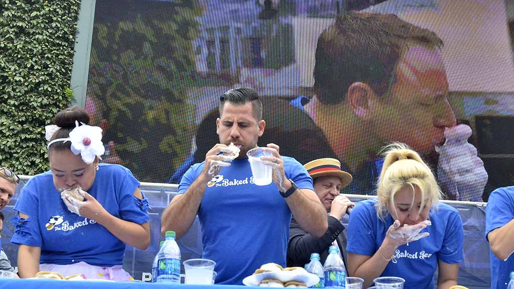 Joey Chestnut Ices 44th Eating Record at Petco Park Times of San Diego