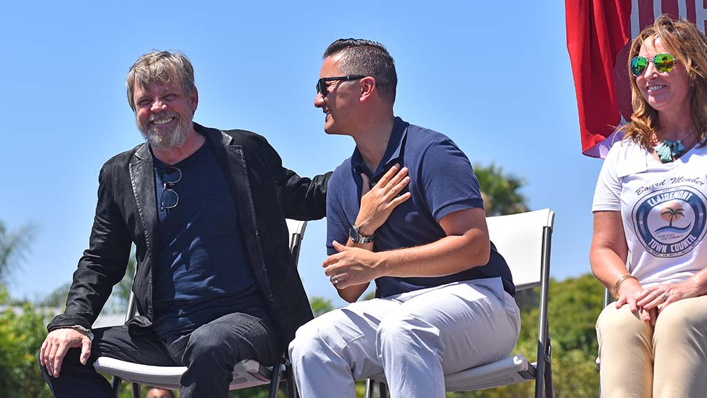 Actor Mark Hamill thanks San Diego Councilman Chris Cate at the ceremony.
