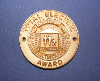 The National Electric Manufacturers Association (NEMA) once issued medallions like this one to promote the all-electric home and spur demand for electric appliances. (Courtesy NEMA)