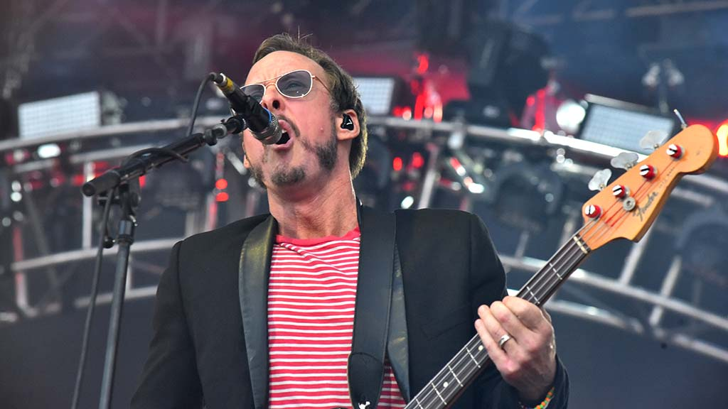 Bass guitarist Scott Shriner performs with Weezer at KAABOO Del Mar.