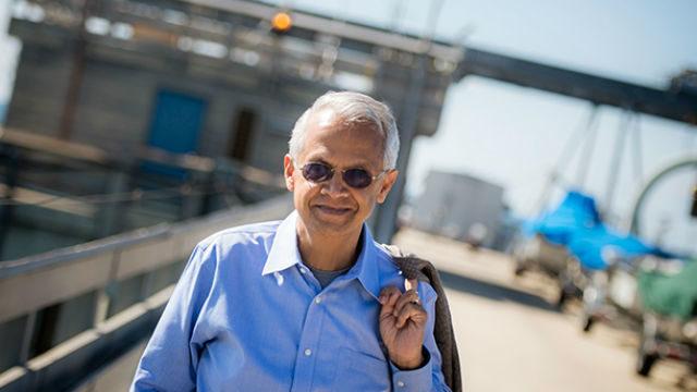 Veerabhadran Ramanathan on Scripps Pier