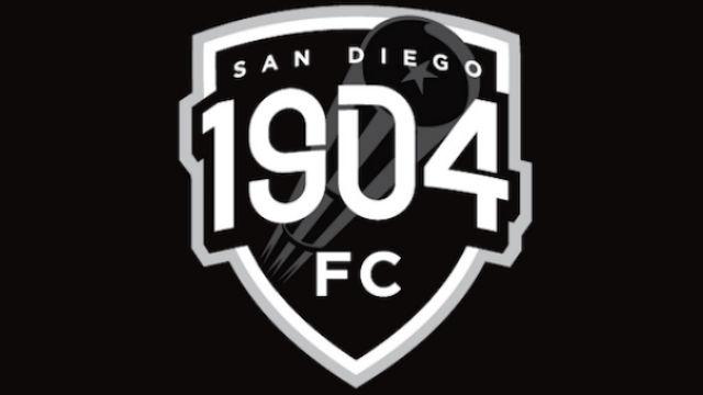 1904 Football Club logo
