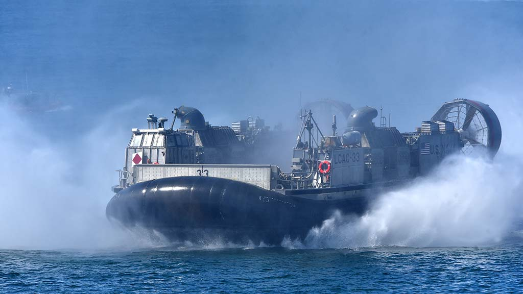 A Hovercraft ACU-5 did donuts in the bay in the San Diego Fleet Week Sea & Air Parade.
