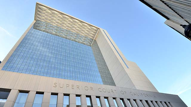 Σαν Ντιέγκο Δικαστήρια ζητούν Επέκταση της COVID-19 Κλείσιμο Μέχρι 30 απριλίου