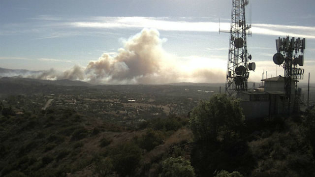 Lilac Fire Map Updated >> Evacuations Underway as 150-Acre Wildfire Burns Along I-15 in Pala Mesa - Times of San Diego