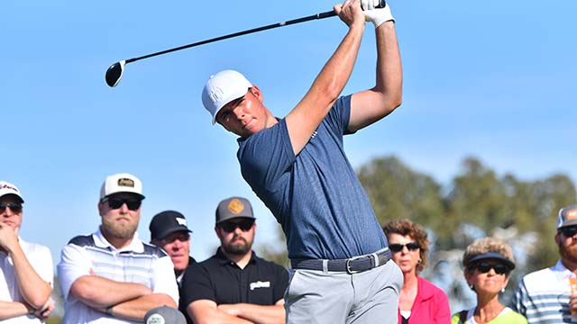 Luke List finished the third round of the Farmers Insurance Open in La Jolla with a score of -8, tied for fifth.