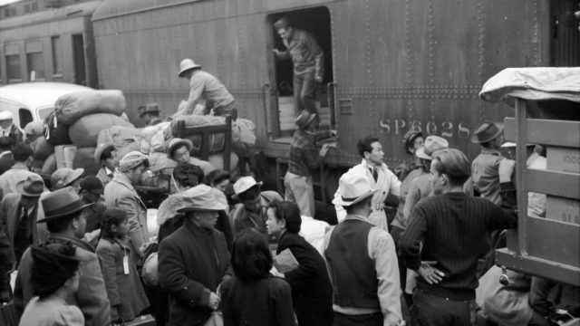 Japanese internment 1942