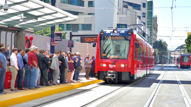 Ceremonial first trolley departure