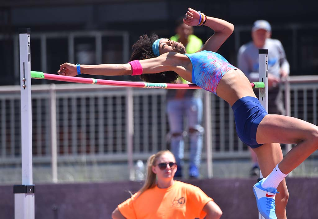 Vashti Cunningham missed three tries at 6-5 at Mt. SAC Relays.