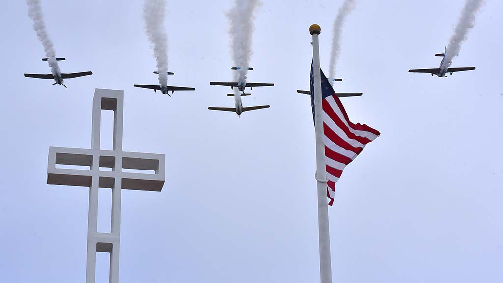 A flyover punctuated the Mt. Soledad Memorial Day ceremony on Monday.