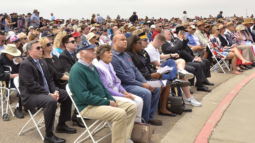 More than 1,000 people attended the Memorial Day ceremony at Mt. Soledad National Veterans Memorial.