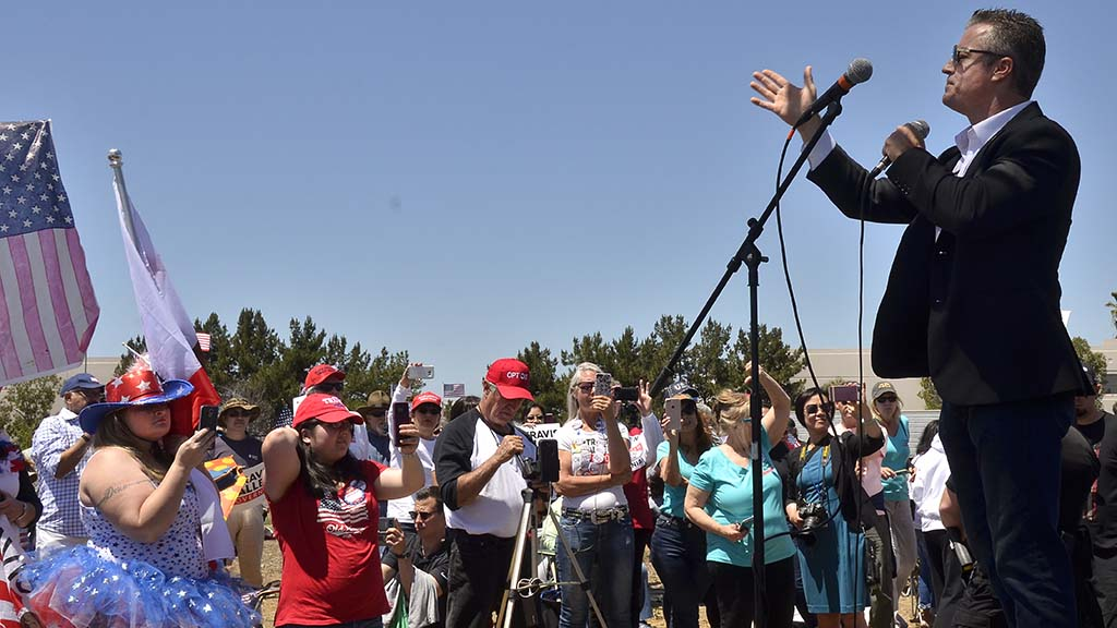 Republican gubernatorial candidate Travis Allen spoke to more than 100 supporters near the Mexican border.