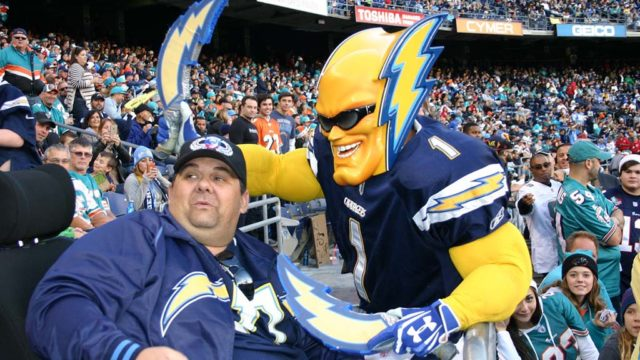 Dan Jauregui had a fraught relationship with the NFL franchise as Boltman, but stayed a fan favorite.