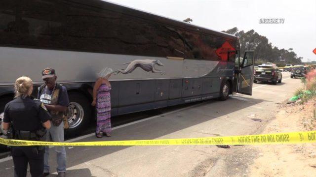 Ο άνθρωπος Παίρνει 17 Χρόνια για το Μαχαίρωμα των Επιβατών στο Λεωφορείο σε αυτοκινητόδρομο Interstate 5