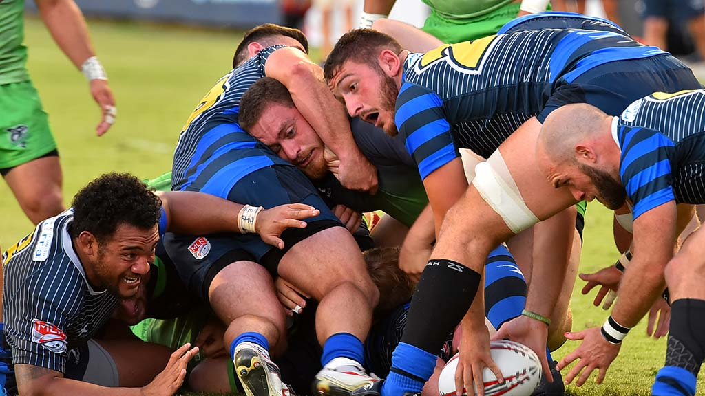A Glendale Raptors player gets ready to move the ball into play.
