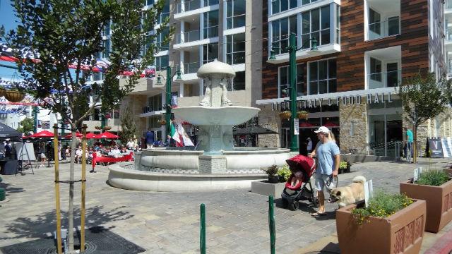 Piazza della Famiglia