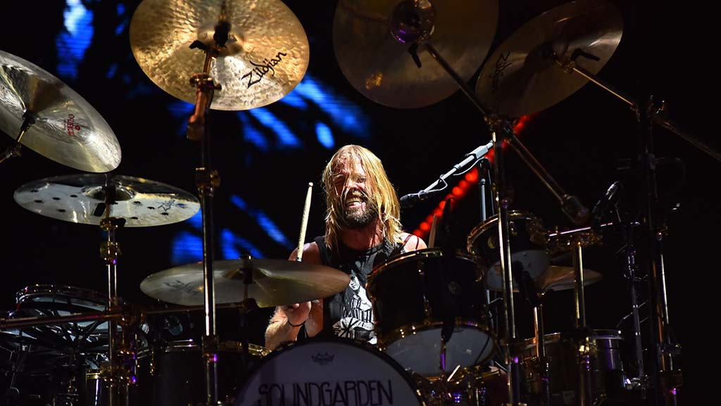 Oliver Taylor Hawkins performs with the Foo Fighters at KAABOO Del Mar.