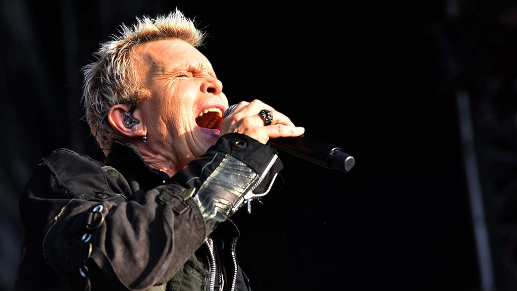 Billy Idol performs to a thunderous crowd at KAABOO on Saturday.