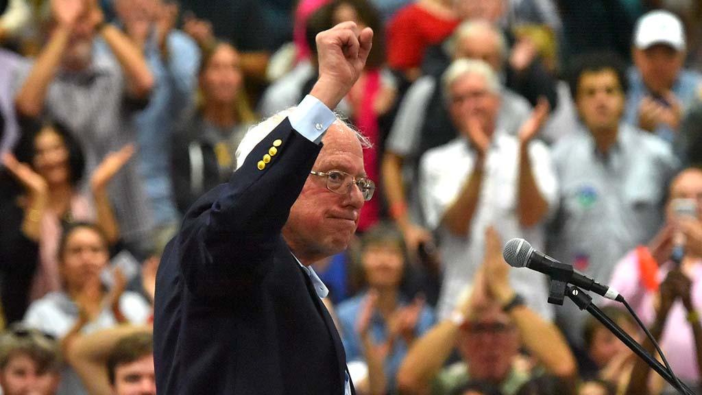 Sen. Bernie Sanders acknowledges the crowd at the end of his speech in Oceanside.