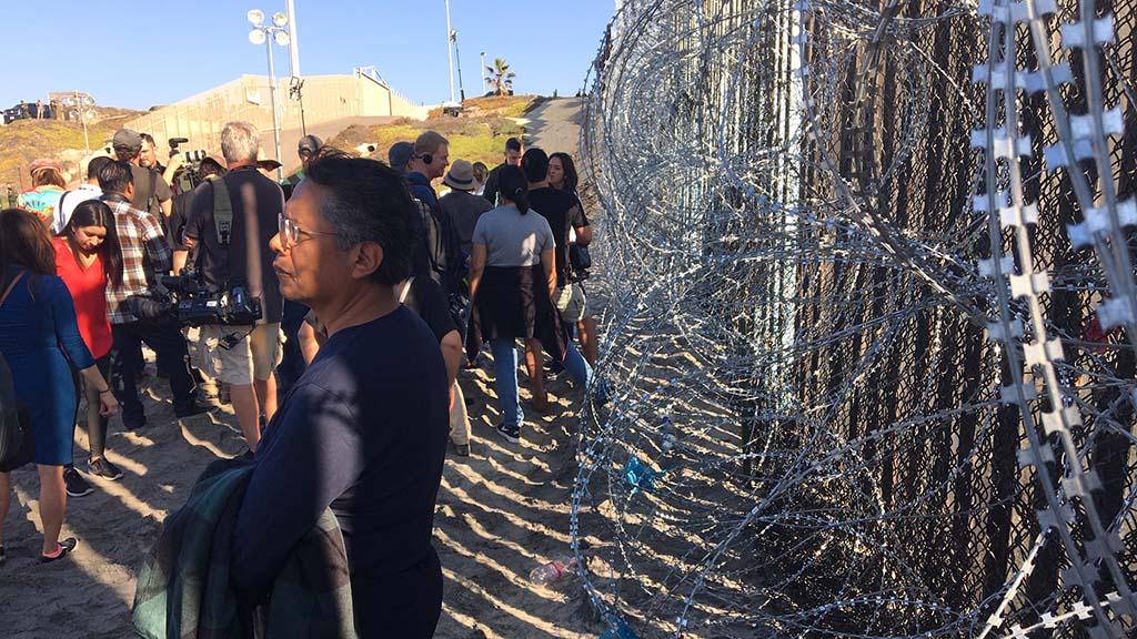 The media waited nearly 2 hours for the arrival of Homeland Security Secretary Kirstjen Nielsen.