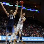 USD vs Saint Mary's in the WCC semifinals