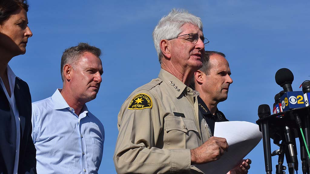 San Diego County Sheriff Bill Gore, San Diego Police Chief David Nisleit brief the press for a second time.